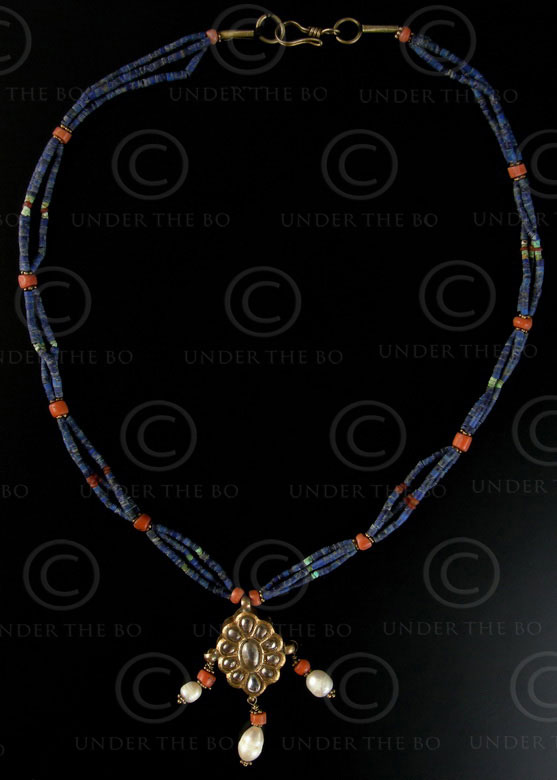 Afghan lapis necklace 488A. Kundan, lapis lazuli, coral beads. Afghanistan