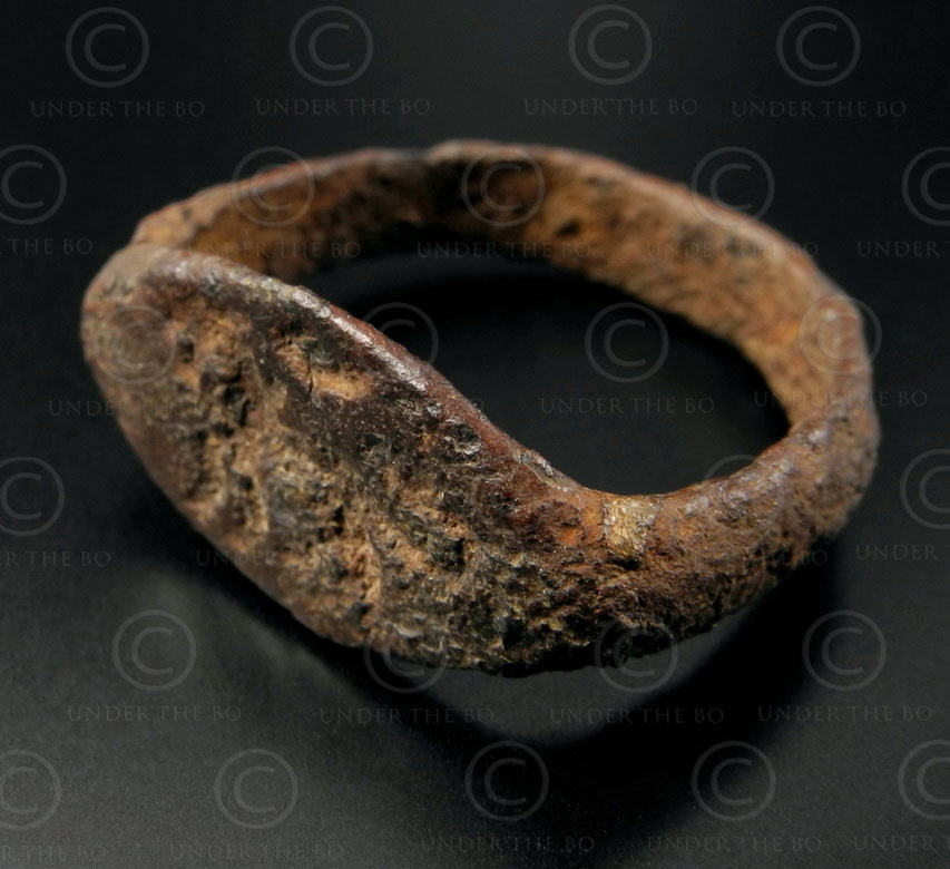 Bactrian bronze seal-ring R192. Found in northern Afghanistan.