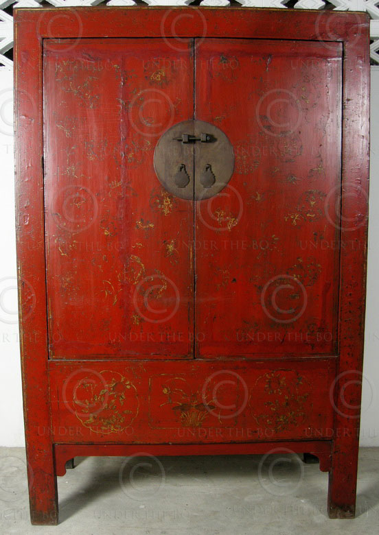Chinese armoire BJ40B. Shanxi province, China.