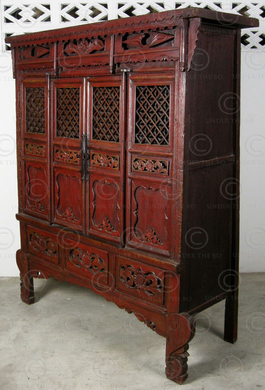 Chinese armoire BJ49. Red lacquered elmwood. Shaanxi, China.
