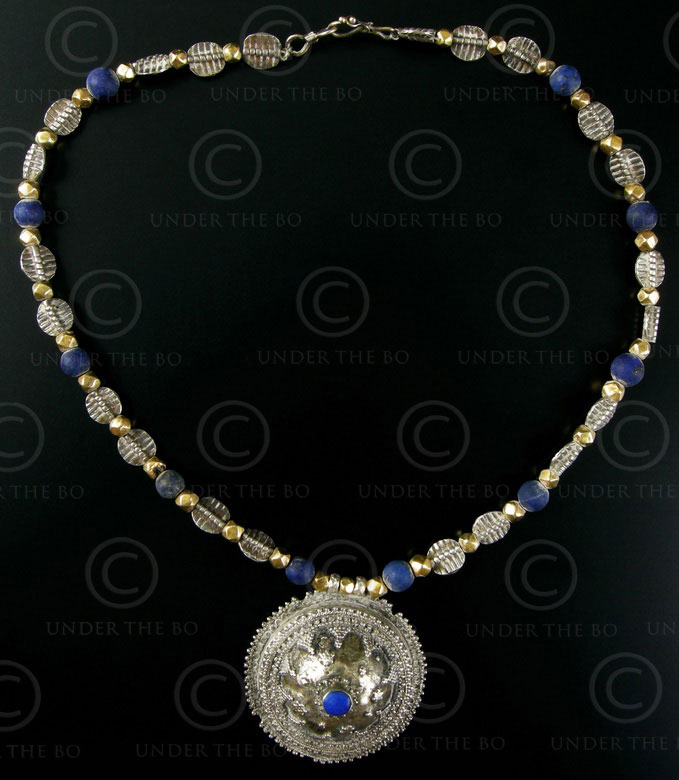 Collier argent et lapis 295. Atelier Under the Bo