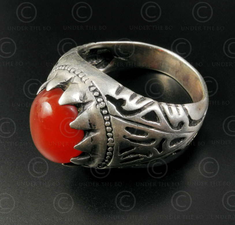 Cornelian and silver ring R288H. Central Asia and Afghan culture.