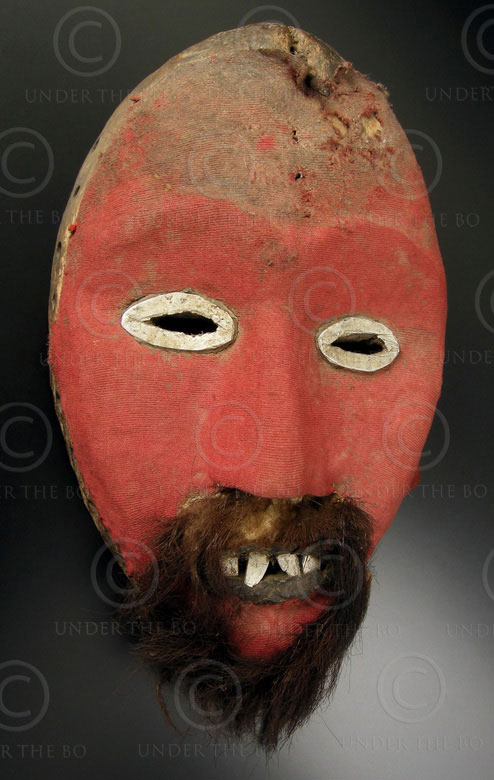 Dan mask DN2. tribal culture, Liberia, West Africa.