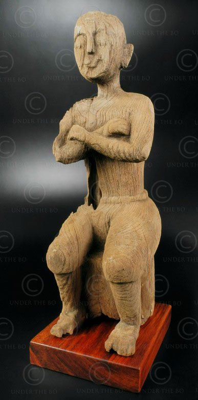 Eroded wood monk T396. Ayutthaya style, Siam (Thailand).
