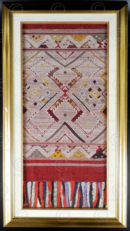 Framed Lao scarf LA22. Sam Neua province, northern Laos.