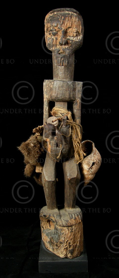Igbo statue AF170. Nigeria. 19th century or earlier.