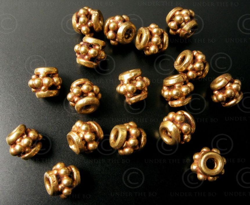 Indian Gold beads BD116. India.