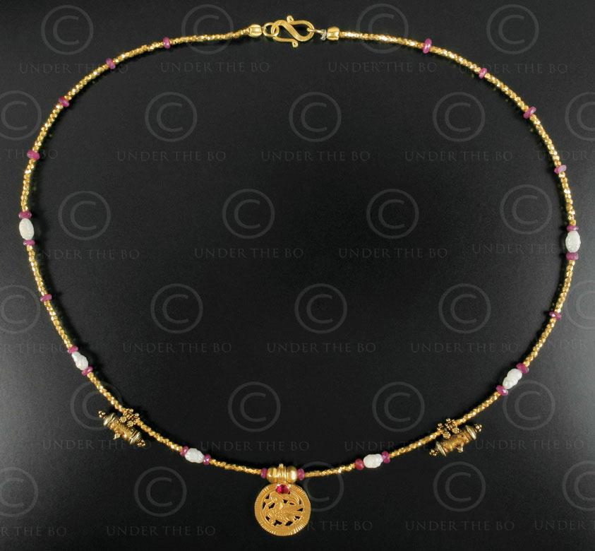 Indian gold necklace 629. Design François Villaret.