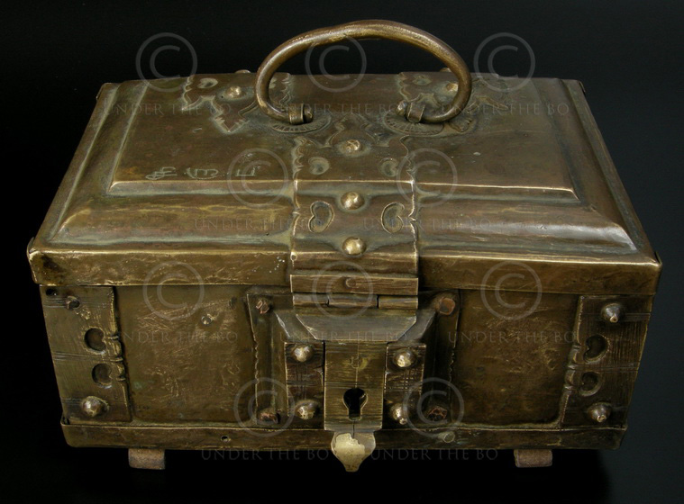 Kerala brass box 08MT43A, Malabar Coast, Kerala, South India,