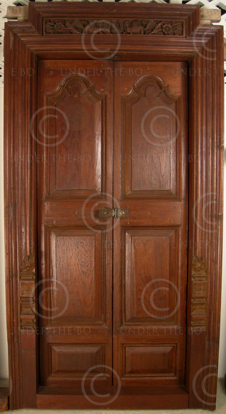Madras door 08MT6. Teak wood. Madras, Southern India.