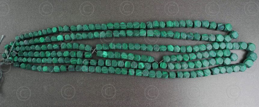Malachite beads NBD1. India.