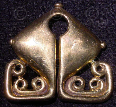 Solid brass buckle FB10. Sumba island mamuli pendant, Indonesia