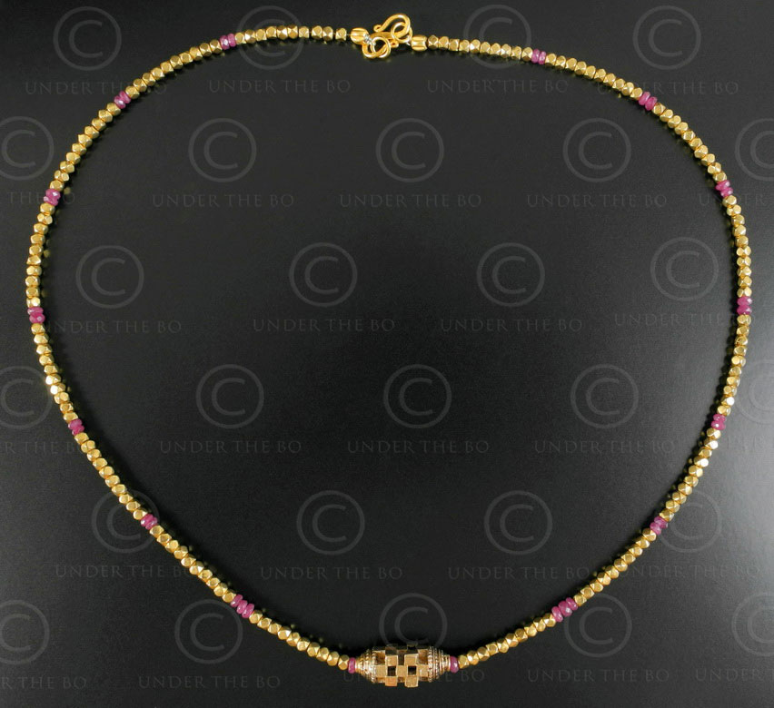 Orisha gold and rubies necklace 637. Designed by François Villaret.