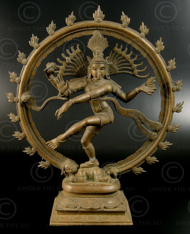 Bronze statue Shiva Nataraj 09KB1. Tamil Nadu, South India