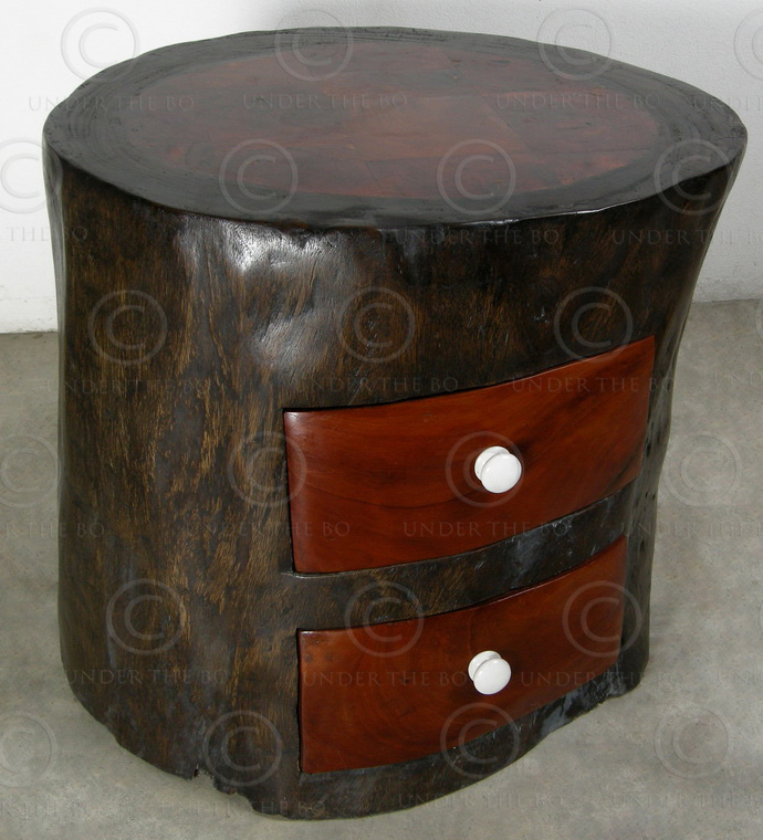 Trunk with drawers FV128. Hollowed out trunk of rain tree. Under the Bo workshop
