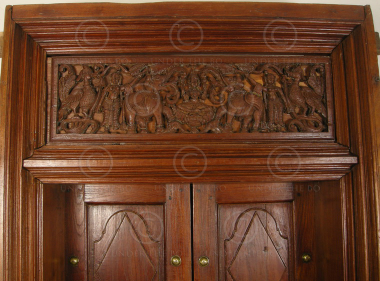 Chettinad door 08mt9 teak wood chettinad southern india for Teak wood doors in bangalore