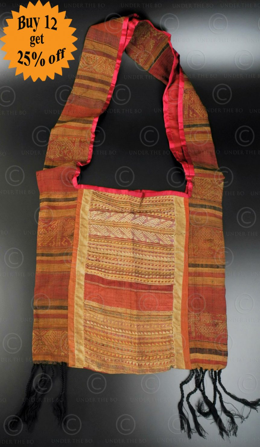 Silk weaving monk bag LA6D. Thailand.