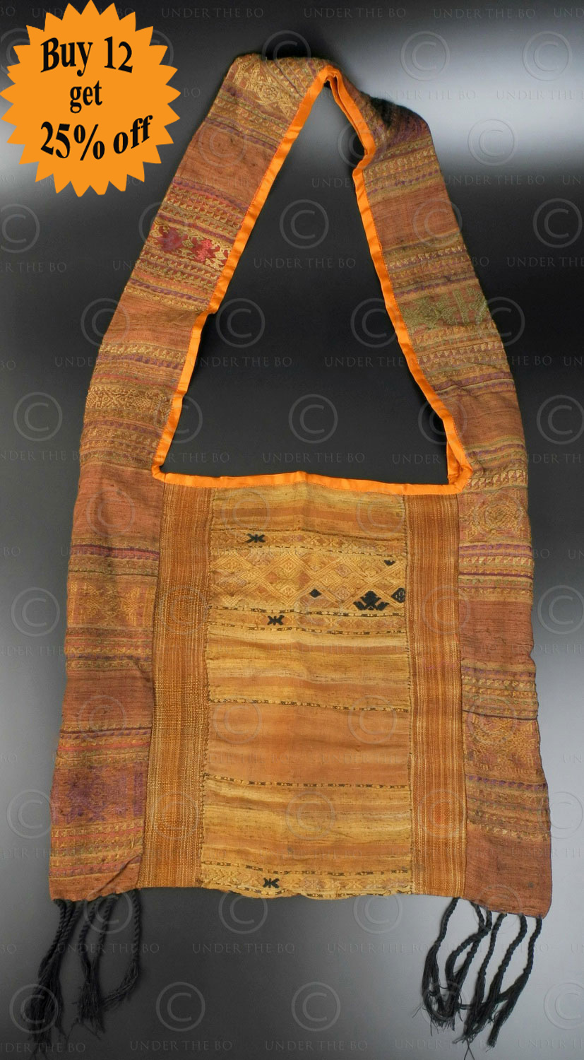 Silk weaving monk bag LA6G. Thailand.