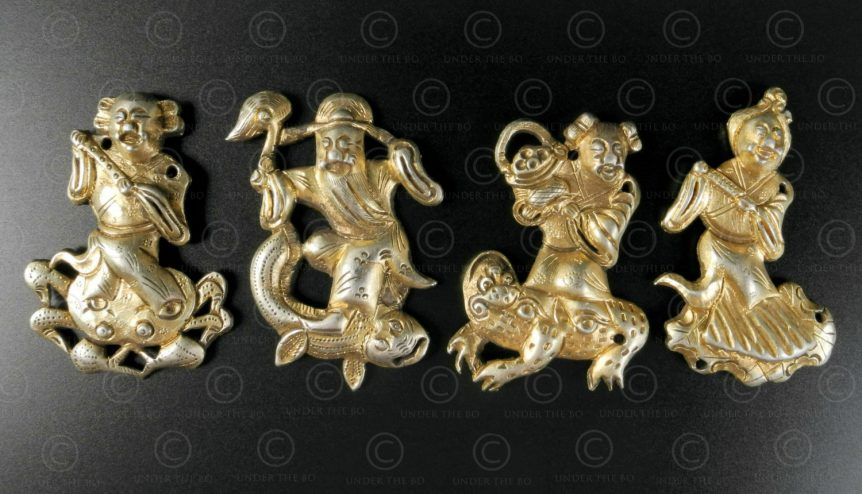 Chinese child cap ornaments P207. Southern China.