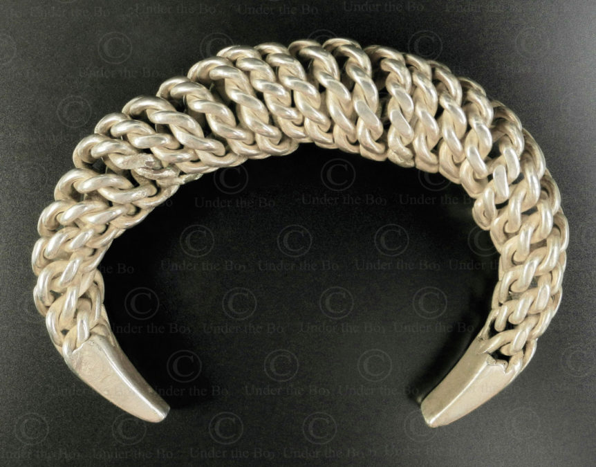 Twisted silver bracelet B224. Akha minority, Northern Laos.