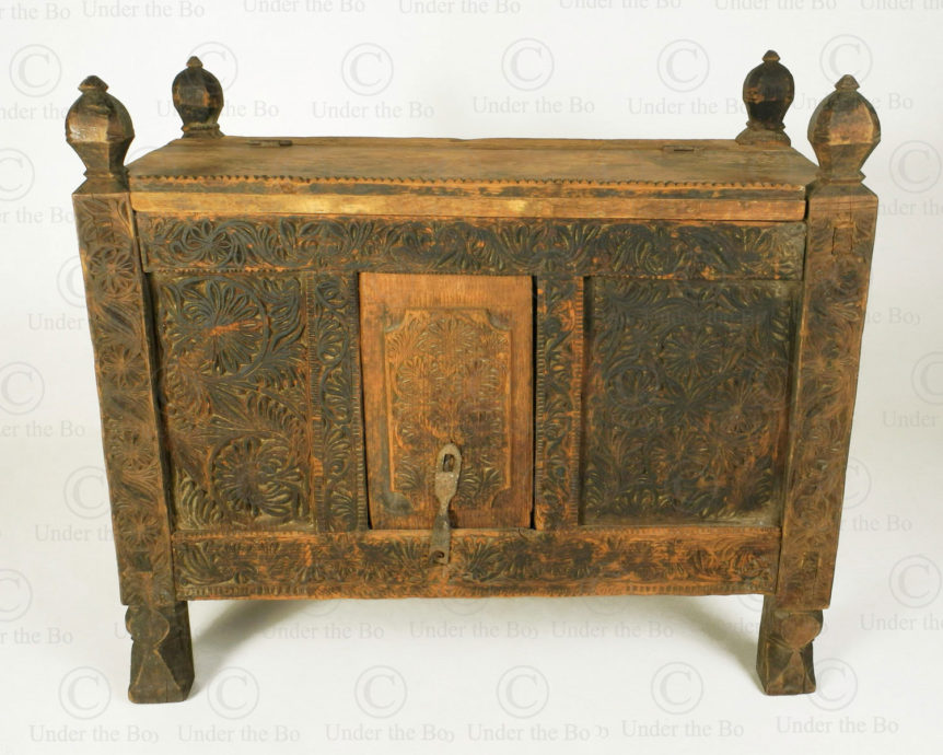 Kohistan antique chest 17F30. Kola-i valley, Indus Kohistan region, Northern Pakistan.