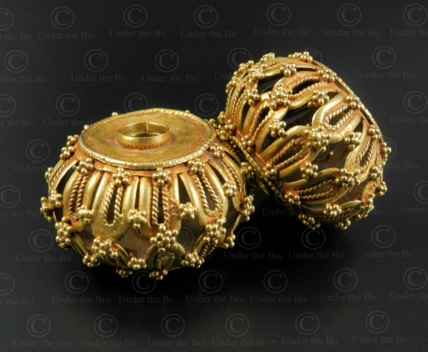 Gujarat gold beads BD295. Gujarat or Rajasthan Sate, North-West India.