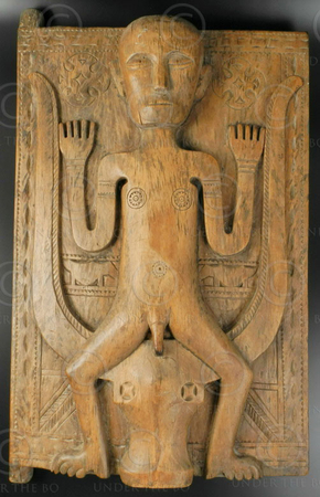 Tribal door panel ID77. Toraja culture, Indonesia.